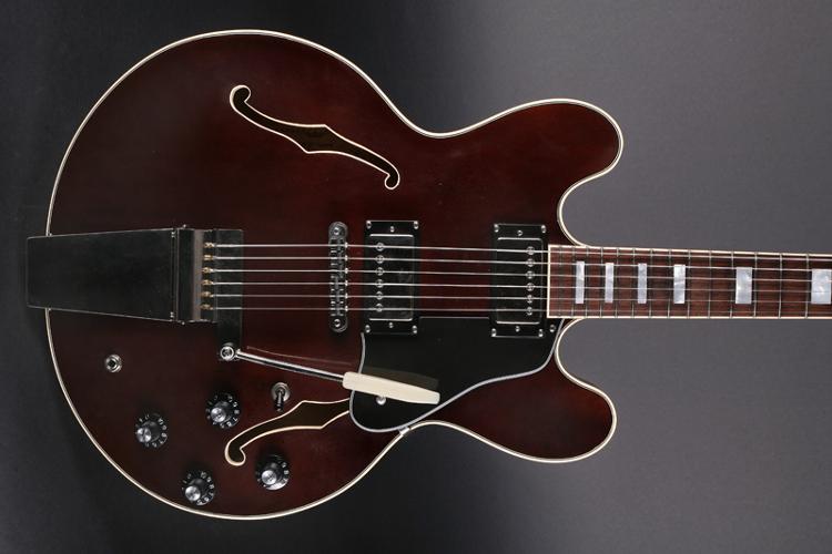 Schwarz Custom Guitars – www.digital-notes.de
