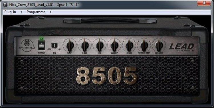 Nick-Crow-Lab-8505