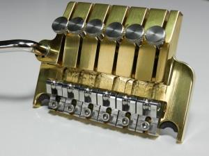 AxMax-Tremolo-Brass-300x225